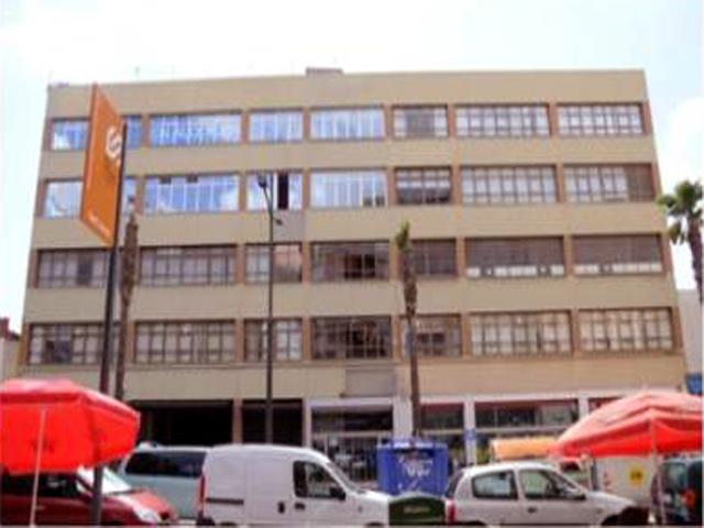Tasinsa inmuebles para oficinas y despachos for Oficina correos hospitalet